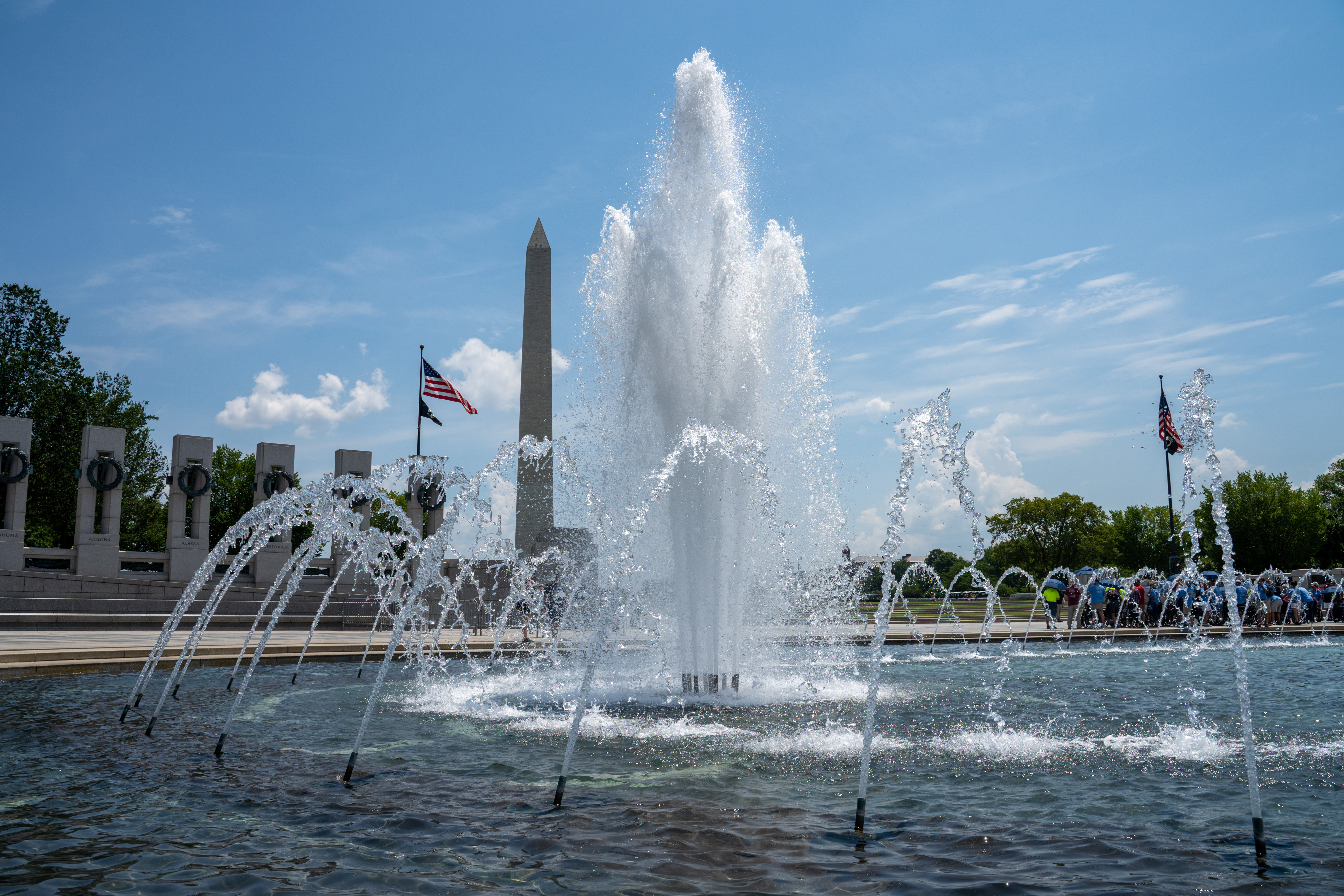 World War 2 memorial with Washington monument